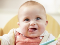Прикорм ребенка в 5 месяцев