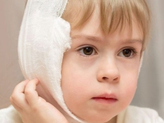 Алгоритм наложения согревающего компресса на ухо ребенку