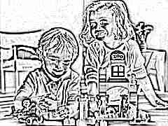 Игра в конструктор – лучший помощник в развитии малыша