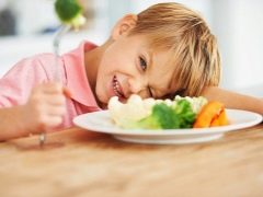 Что делать, если ребенок не ест овощи?