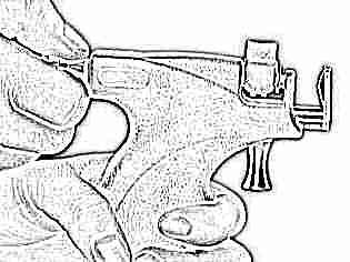 Прокалывание ушей детям пистолетом