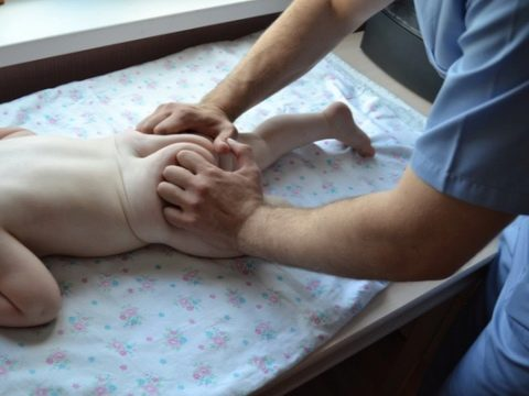 Изображение - Гимнастика для новорожденного тазобедренного сустава uprazhneniya-pri-displazii-tazobedrennyh-sustavov-u-novorozhdennyh-i-grudnichkov-6