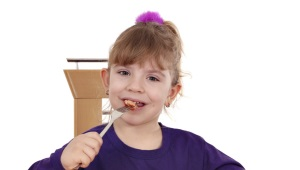 С какого возраста можно давать куриную печень ребенку?