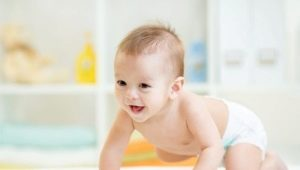 Как правильно одеть подгузник на малыша?