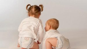 Тонкости выбора и использования подгузников для девочек