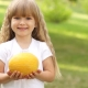 С какого возраста можно давать дыню ребенку?