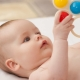 Когда ребенок начинает слышать и как проверить слух у новорожденного?
