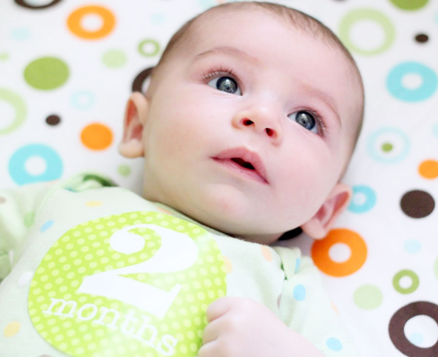Развитие ребенка в третий месяц жизни
