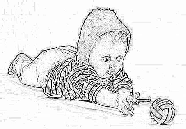 Когда ребенок тянется за игрушкой