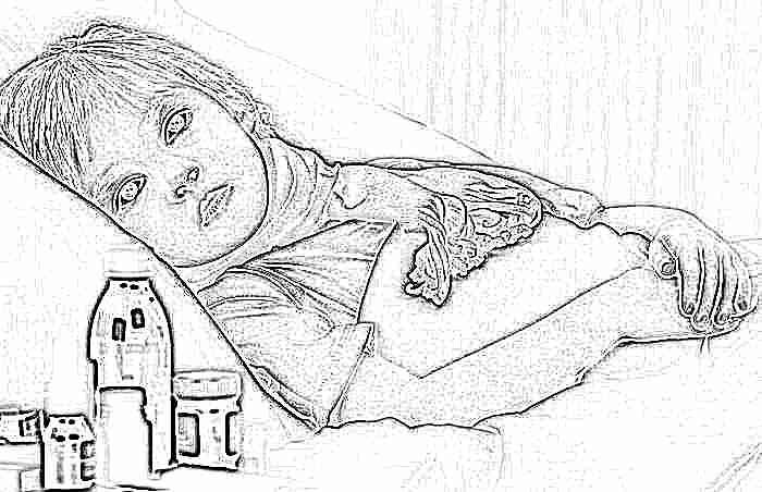 У ребенка болит живот: что можно дать и чем