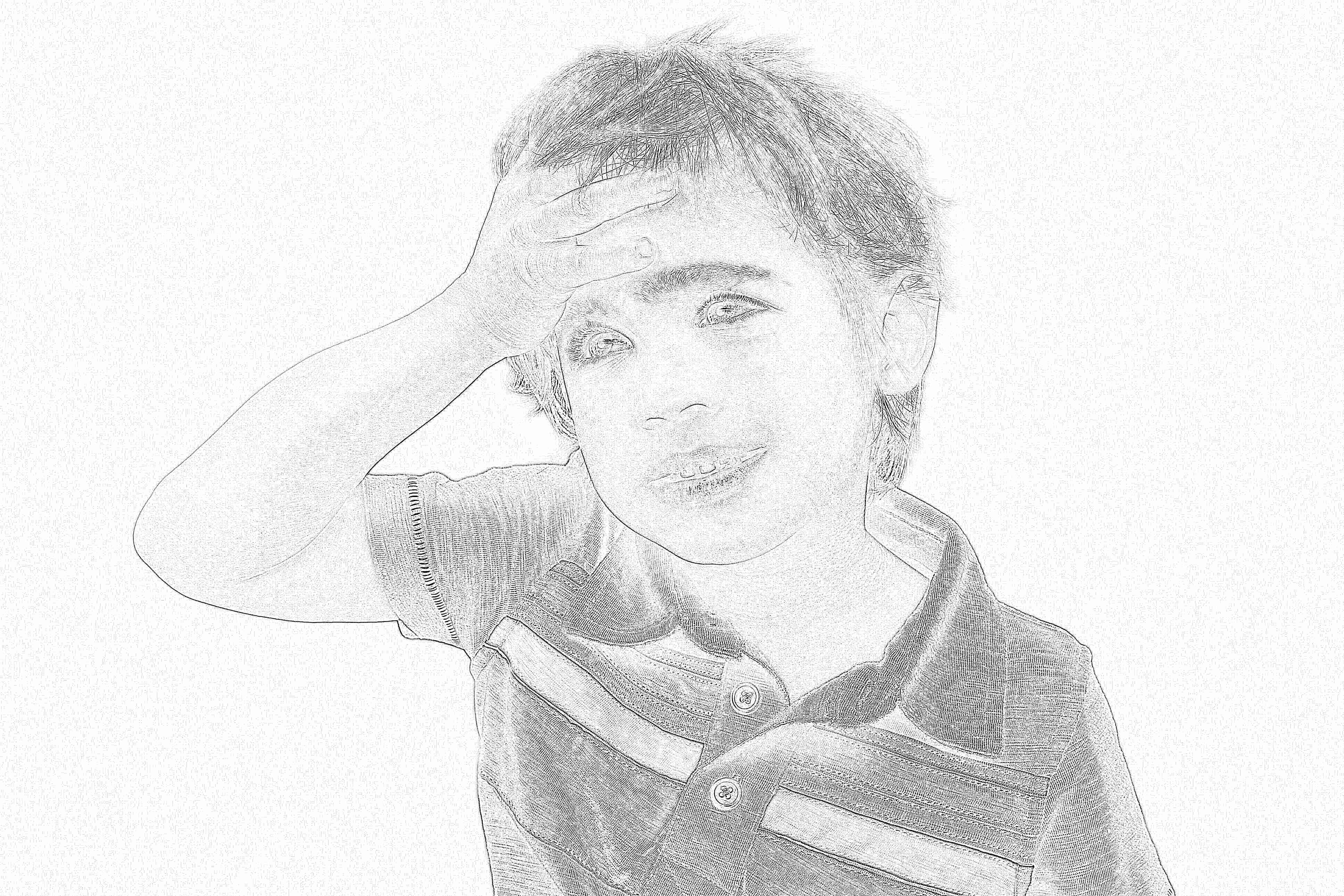 Нередко дети при головной боли пытаются сжимать голову руками, дергают себя за волосы.