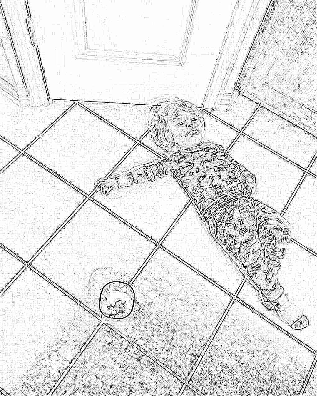 Ребенок упал на бок