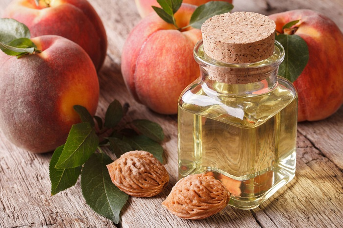 Персиковое масло в нос ребенку