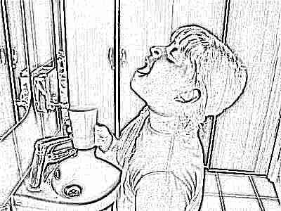 Полоскание рта ребенком
