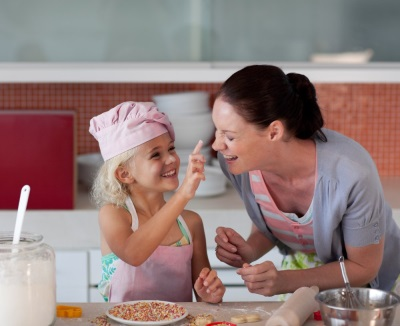 Приготовление еды вместе с ребенком