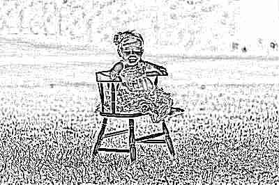 Ребенок 9 месяцев сидит на стуле