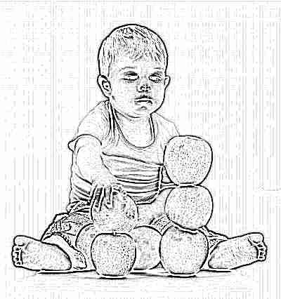 Грудничок строит башню из зеленых яблок