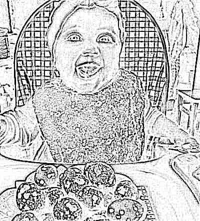 Перепелиные яйца и ребенок
