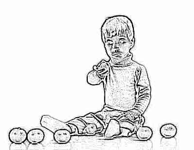 Мальчик с мандаринами