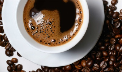 Кофе с кофейными зернами