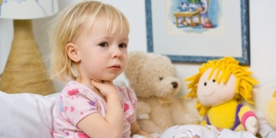 Чем опасен сухой кашель у ребенка{q}