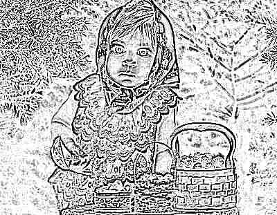 Ребенок с малиной в корзинках