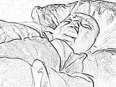 Режутся нижние боковые резцы у ребенка