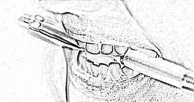 Ребенок 2 года скрипит зубами