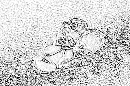 Развитие ребенка 1 месяца жизни