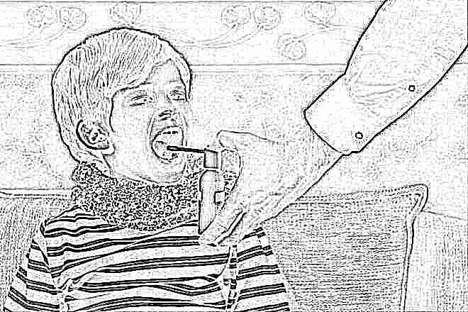 У ребенка 4 года болит горло без температуры