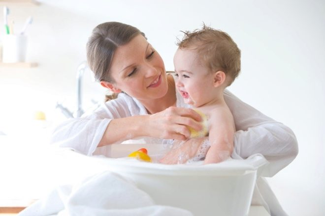 Подмыть новорожденного