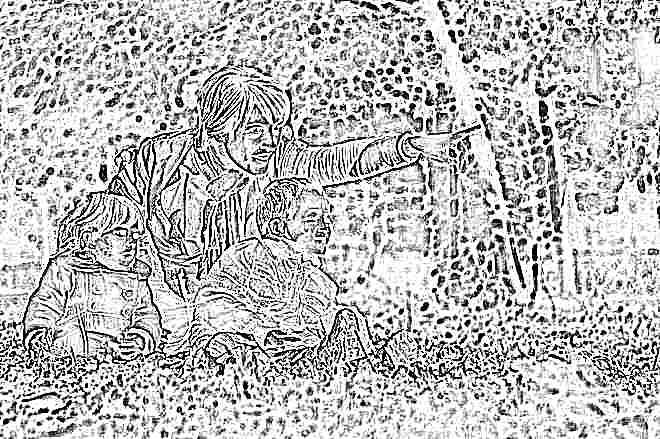 Ребенок дергает плечами в 1 год